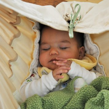 Can't Get Baby To Stay Asleep??? 5 Alternatives to Crib Sleeping