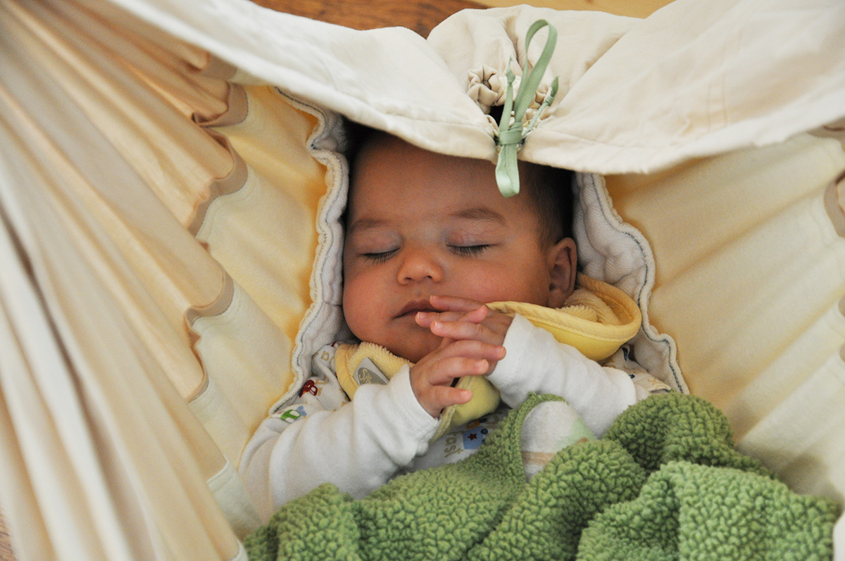 Crib alternatives for babies - Can T Get Baby To Stay Asleep 5 Alternatives To Crib Sleeping